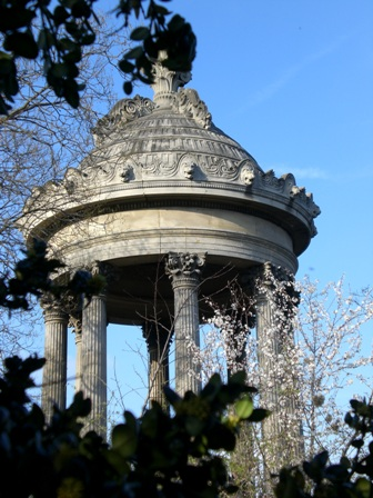 Gazebo at Buttes Chaumont